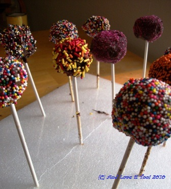 Plastic Cake Pop Ideas