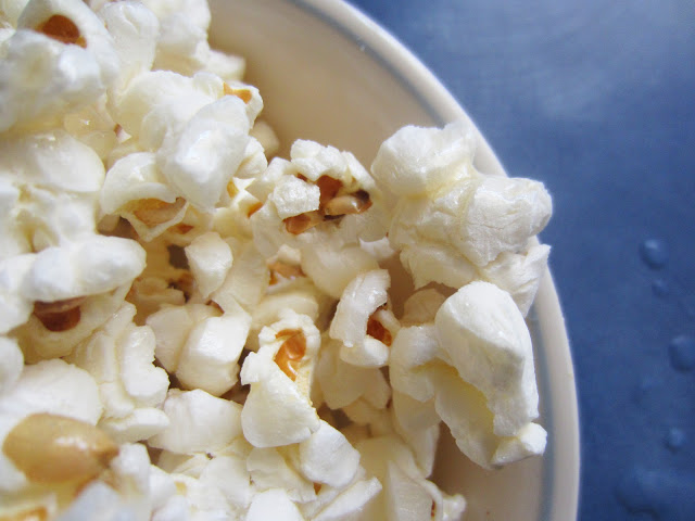 honey-coconut-popcorn